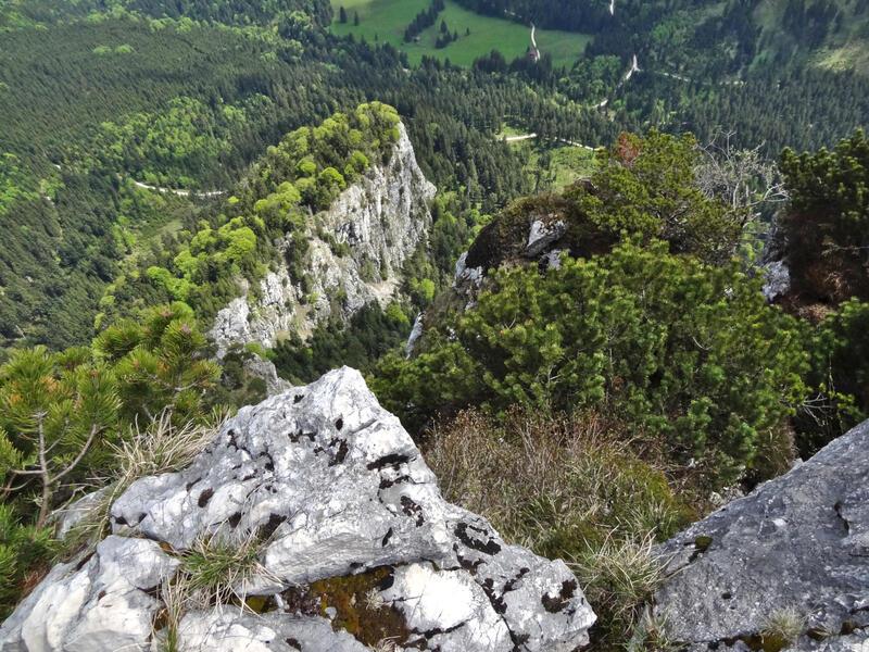 Gedererwand: Mösererwand: Tiefblick von der Gedererwand zur Mösererwand und ins Rottauer Tal.