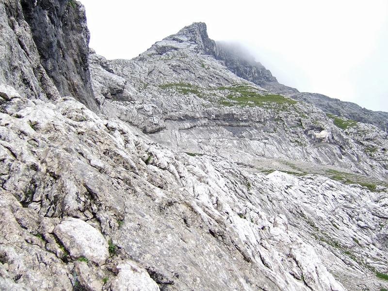 Hoher Gaif über Normalweg: Schöngänge: Im unteren Teil des Schöngänge-Klettersteigs gibt es noch keine Sicherungen.