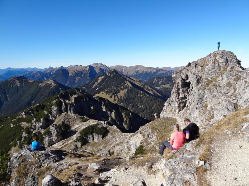 Kramerspitz: Kramerspitz: Wegen seiner umfassenden Aussicht ist der Kramerspitz einer der beliebtesten Gipfel im Werdenfelser Land.