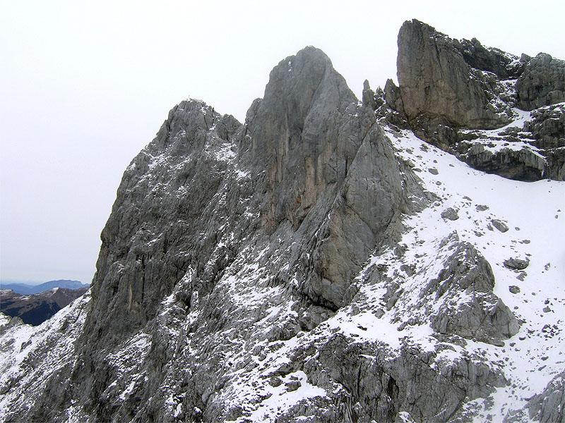 Predigtstuhl bei Mittenwald: Karwendelköpfe: Die selten besuchten Karwendelköpfe nördlich der Obere Dammkarscharte.