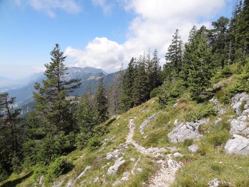Hundalm Eishöhle und Hundalmjoch: Sonniger Aufstieg aus dem Inntal in die Brandenberger Alpen.