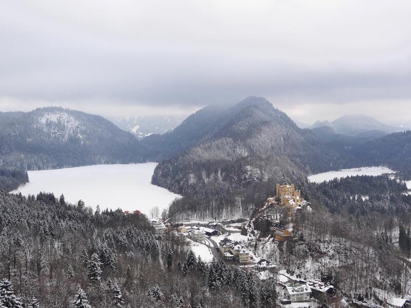Koflerjoch: Hohenschwangau: Ein bisschen Sightseeing zum Schluss: Alpsee und Schwansee mit Schloss Hohenschwangau.